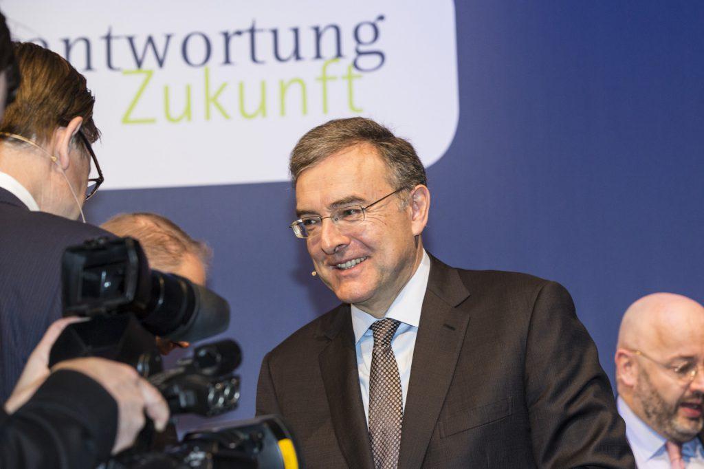 BMW_Welt_Verantwortung_Zukunft_5.12.13_Auditorium7667